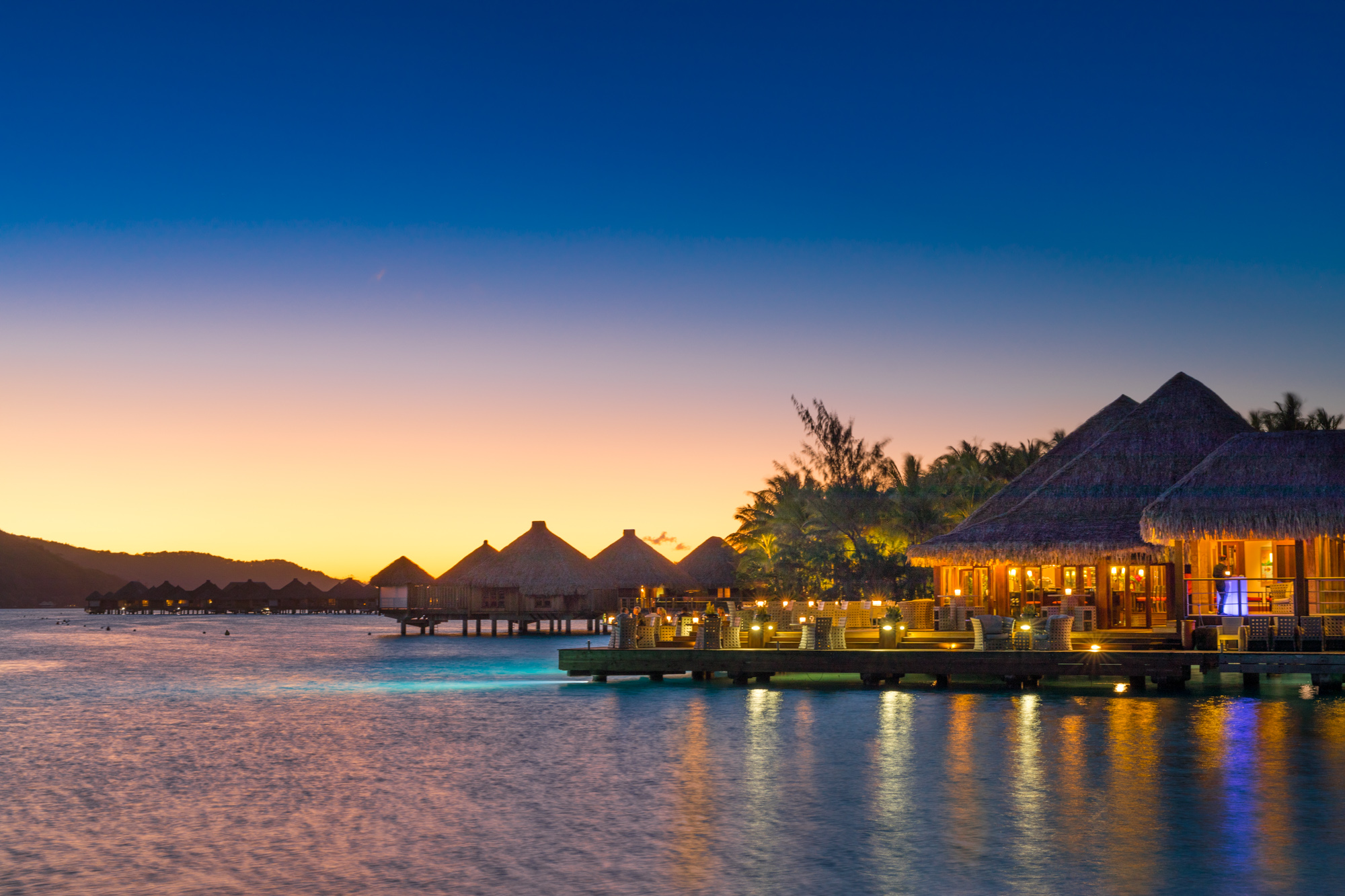 https://tahititourisme.cn/wp-content/uploads/2017/08/Lagoon-Restaurant.jpg