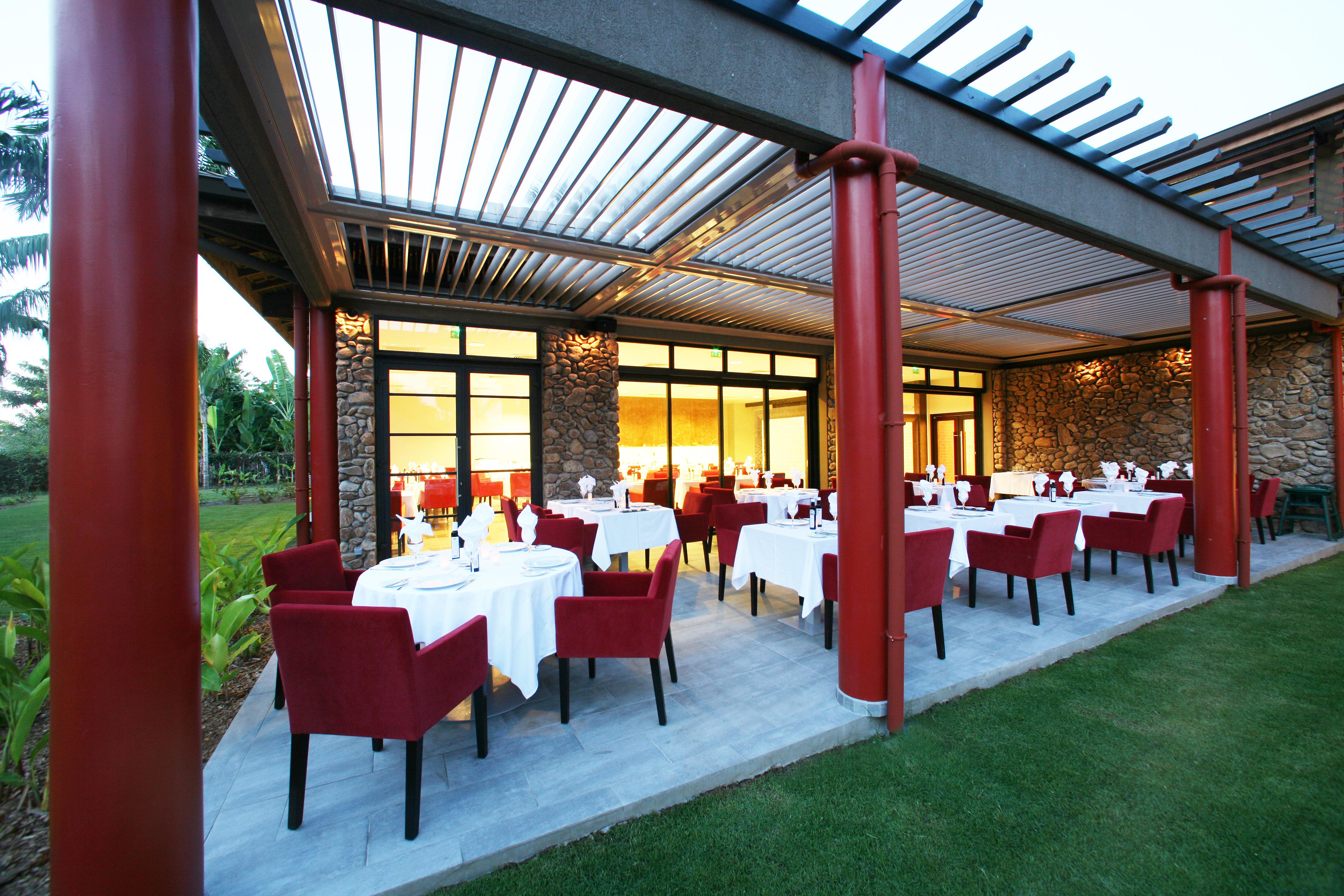 https://tahititourisme.cn/wp-content/uploads/2018/03/RESTAURATION-Vaitohi-Restaurant-1.jpg