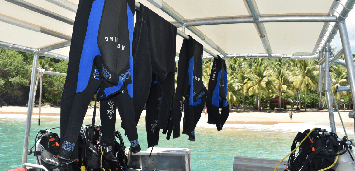 https://tahititourisme.cn/wp-content/uploads/2018/04/marquisesdiving_1140x5502-min.png