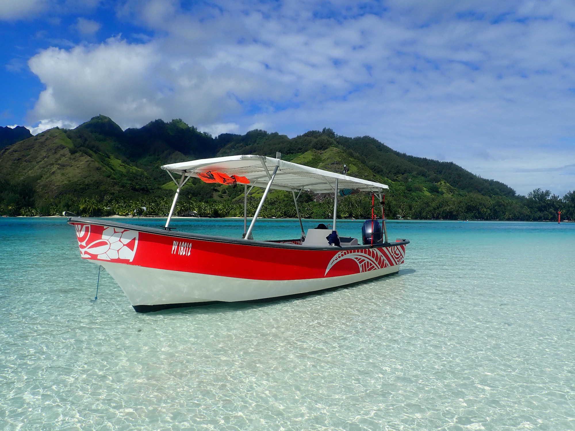 https://tahititourisme.cn/wp-content/uploads/2020/09/Boat-Hinaloa.jpg